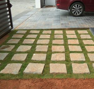 Car Porch Floor Planting